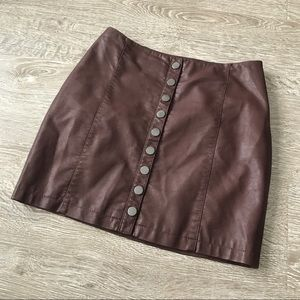 Free People Oh Snap Button Vegan Leather Skirt Sz6